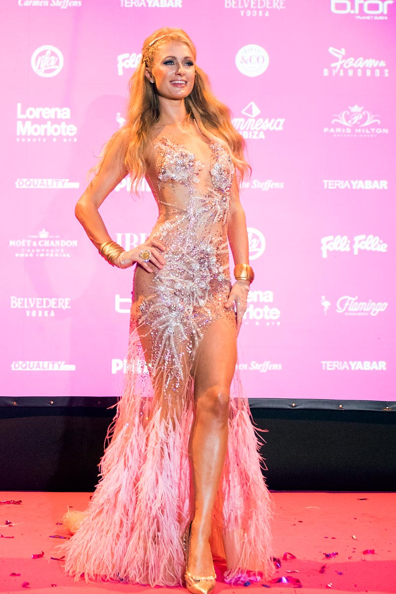 Paris Hilton - Foam and Diamonds opening 2